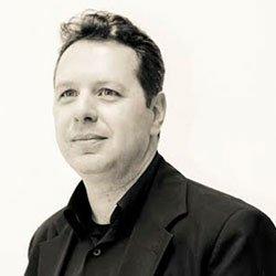 Administrador Carlos Frederico Corrêa Ferreira - Aula Magna Cursos educação