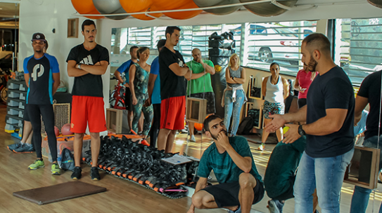 Mestre Leonardo Matta ministra curso de HIIT e Body Weight Training no IESPE
