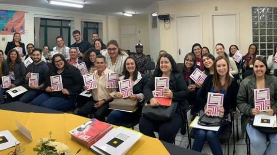 Coordenadora Elza Lobosque escreve livro sobre Avaliação Psicológica